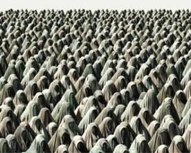 Madre Nostra, di Nadia Cavalera – La preghiera delle donne
